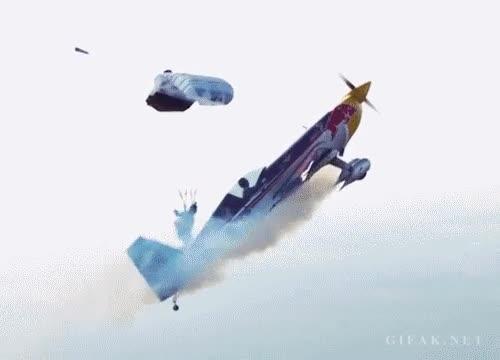 Enlace a Ola k ase, te tiras en paracaídas o k ase