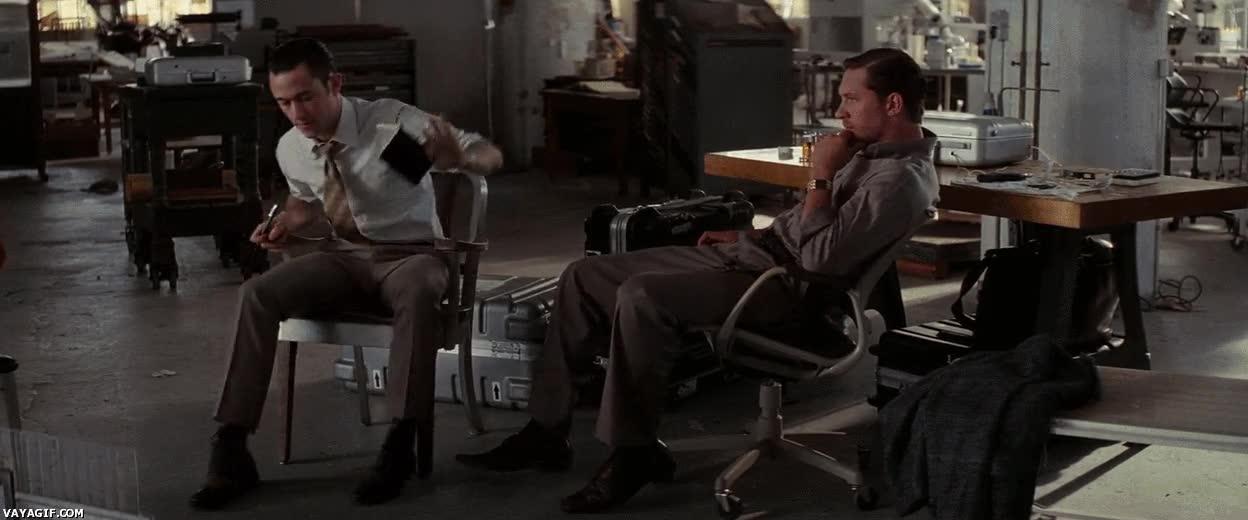 Enlace a Ese pequeño mini-infarto con la silla...