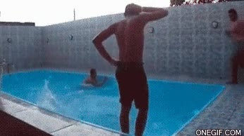 Enlace a Doble fail en la piscina
