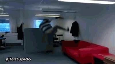 Enlace a Tener un ninja en la oficina siempre es útil