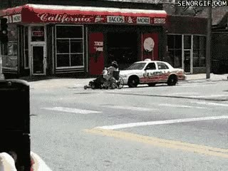 Enlace a Vago nivel: Que un cortacésped te arrastre en silla de ruedas