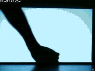 Enlace a Teatro de sombras, bonito a la par que desconcertante