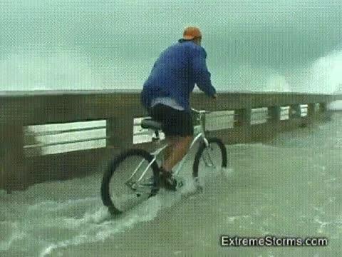 Enlace a Demos una vuelta en bici, si sólo son cuatro gotas...