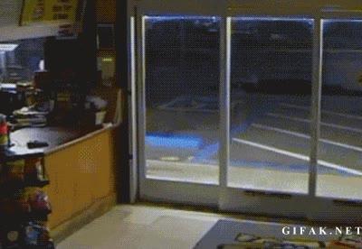 Enlace a No sé si es un ladrón principiante o directamente tonto del culo