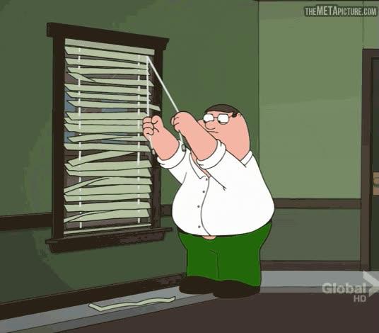Enlace a Mi batalla de cada mañana con las persianas de mi cuarto