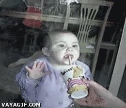Enlace a Trolleando a un bebé, dulce inocencia