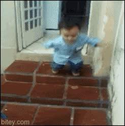 Enlace a Saltar las escaleras y sentirte todo un super saiyan