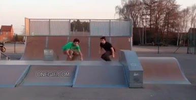 Enlace a Intercambio de skate en el aire