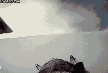 Enlace a ¿A quién se le ocurre saltar una colina sin saber qué hay detrás?