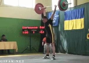Enlace a No sé si es que el ucraniano está demasiado fuerte o que las pesas son de los chinos