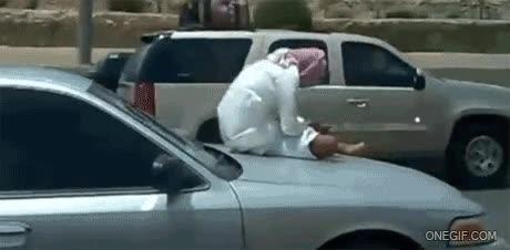 Enlace a Lo que hace un árabe cuando el aire acondicionado no funciona