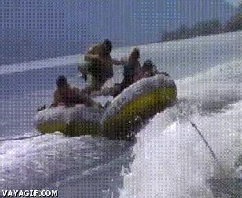 Enlace a ¡Aquí no te queremos, vuelve a tu barca!