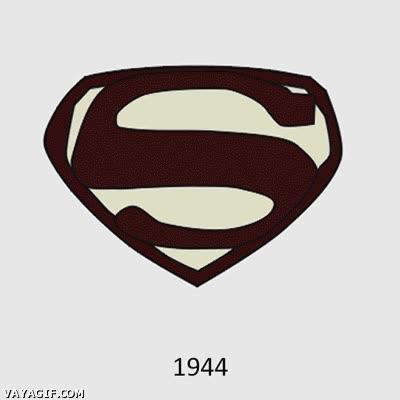 Enlace a La evolución del logo de Superman hasta ahora