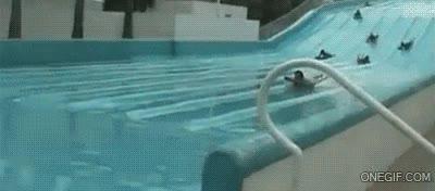 Enlace a También hay excesos de velocidad en los parques acuáticos
