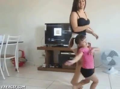 Enlace a ¡Qué diver lo que está haciendo mi hermana, voy a intentarlo yo también!