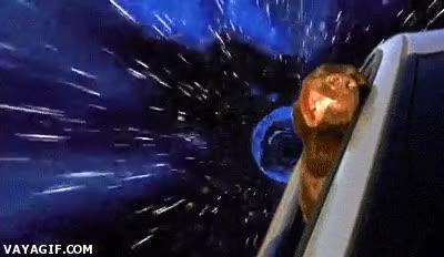 Enlace a Porque sacar la cabeza en un coche en la Tierra ya está muy visto