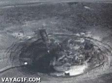 Enlace a Esto es lo que pasa cuando explota una bomba atómica desde el suelo