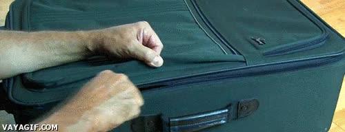 Enlace a Así de sencillo se puede abrir una maleta, cuidado cuando viajéis, amigos