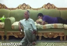 Enlace a Trolleando al abuelo