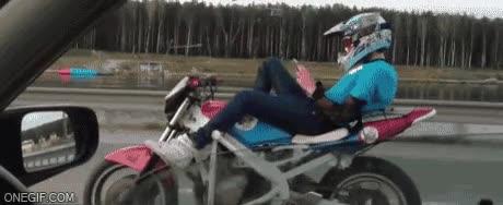 Enlace a ¿Quién dijo que no se podía ir cómodo en moto?