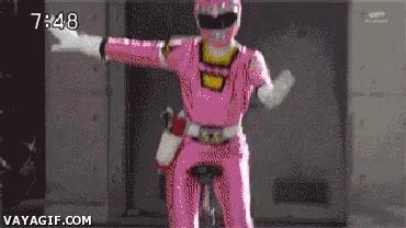 Enlace a Tengo la sensación que han recortado bastante el presupuesto de los Power Rangers