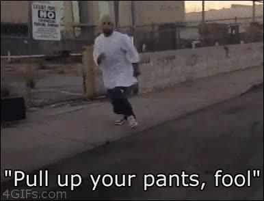 Enlace a ¡Súbete los pantalones, imbécil!