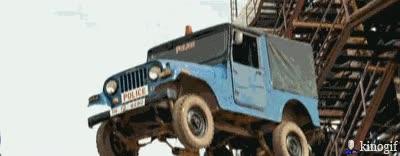 Enlace a Así se transporta la policía de Bollywood