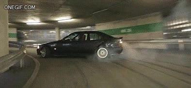 Enlace a Drifting en el parking