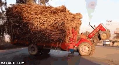 Enlace a ¿Que llevo el remolque demasiado cargado? ¡Qué va, mi tractor puede con todo!