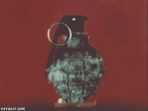 Enlace a Explosión de una granada de mano