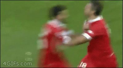 Enlace a No sé si es que celebran los goles muy efusivamente o hay mal rollo entre ellos