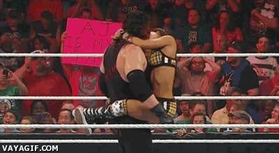 Enlace a Los golpes en la WWE pueden ser falsos, pero esto parece bastante real