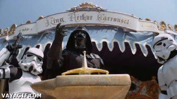 Enlace a ¿El Rey Arturo? Si Darth Vader hubiera vivido en aquella época...
