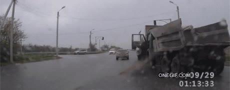 Enlace a Una mañana normal en cualquier carretera de Rusia