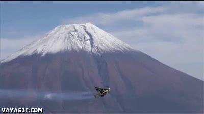 Enlace a Volando alrededor del monte Fuji con un jetpack
