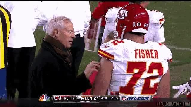 Enlace a Este entrenador sabe la importancia de dar cariño a sus jugadores, quizás demasiado