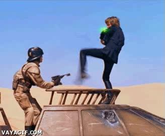 Enlace a Usar la fuerza con los pies, Luke Skywalker puede