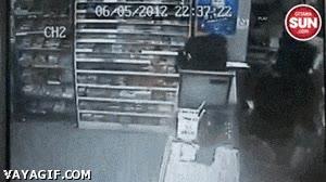 Enlace a Habéis elegido la tienda equivocada para robar, amigos