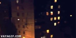 Enlace a Imagínate esto pasando por tu ventana...