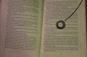 Enlace a Impresionante animación del Señor de los Anillos dentro de un libro