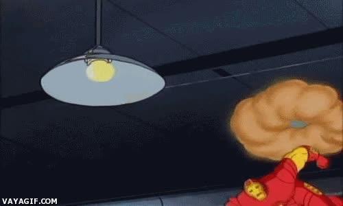 Enlace a Pues puñetazo a esta lámpara sin motivo porque soy IronMan