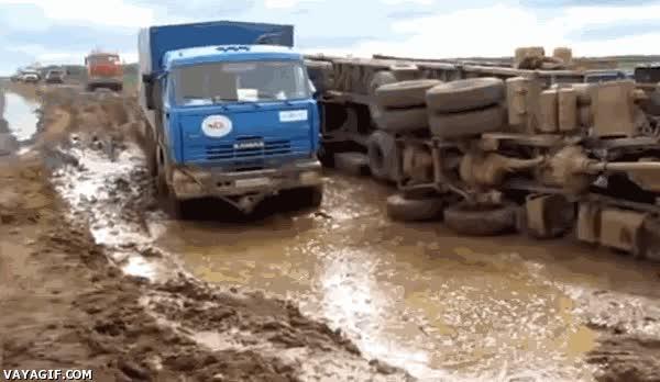 Enlace a ¿El camión tumbado justo al lado no te ha dado una pista de lo que te podía pasar?