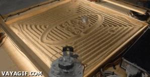 Enlace a Máquina que dibuja en la arena