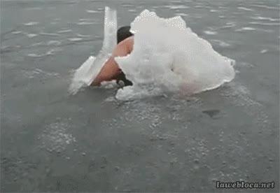 Enlace a ¿He ganado el concurso de respirar bajo el agua? ¿Chicos?