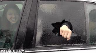 Enlace a Sabes que hace frío cuando se forma una segunda ventanilla de hielo
