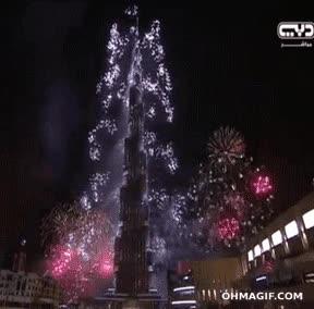 Enlace a Dubai bate el récord mundial de fuegos artificiales