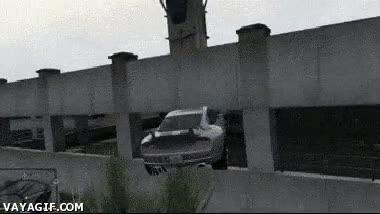 Enlace a En el GTA V, encontrar un parking abierto no es un problema