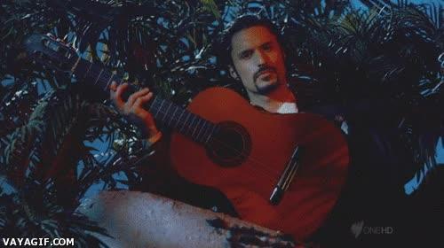 Enlace a Lo último en Teletienda, la guitarra-navaja suiza