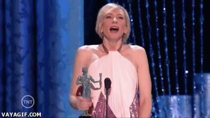Enlace a Creo que a Cate Blanchett le ha gustado bastante su premio