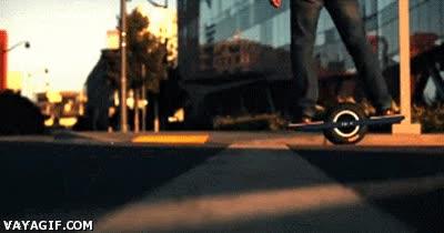 Enlace a ¿Alguna vez has visto un skate de una rueda?